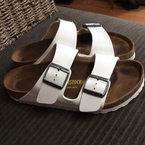37 Birkenstock Arizona Sandals 7 White NICE!